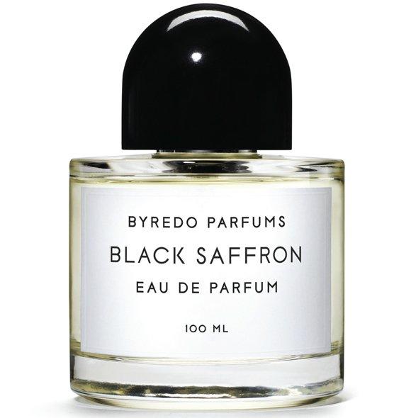 Black SaffronByredo<br>Год выпуска: 2012 Производство: Франция Семейство: восточные пряные Верхние ноты:  грейпфрут, Индийский шафран, Плоды можжевельника Средние ноты:  кожа, Фиалка Базовые ноты:  Ветивер, Малина, Cashmeran Black Saffron Byredo - это аромат для мужчин и женщин, принадлежит к группе ароматов восточные пряные. Это новый аромат, Black Saffron выпущен в 2012. Верхние ноты: грейпфрут, Плоды можжевельника и шафран; ноты сердца: Черная фиалка и кожа; ноты базы: кашемир, Ветивер и Малина.<br><br>Линейка: Black Saffron<br>Объем мл: 50<br>Пол: Унисекс<br>Аромат: восточные пряные<br>Ноты: грейпфрут, Индийский шафран, Плоды можжевельника,  кожа, Фиалка,  Ветивер, Малина, Cashmeran<br>Тип: парфюмерная вода<br>Тестер: нет