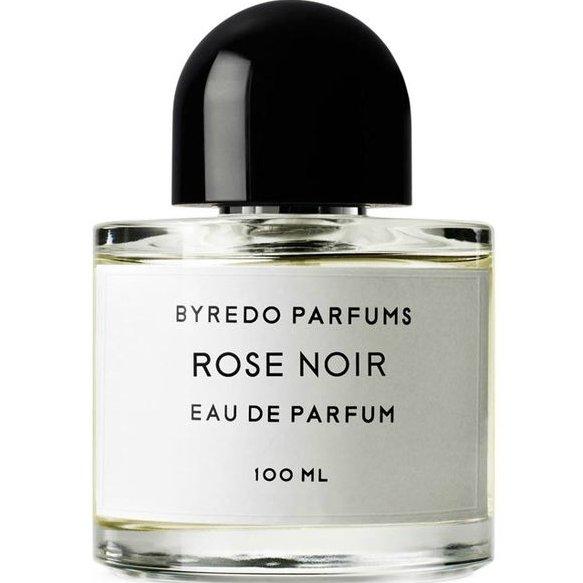 Rose NoirByredo<br>Год выпуска: 2008 Производство: Франция Семейство: цветочные древесно-мускусные Верхние ноты:  грейпфрут, Белая фрезия Средние ноты:  роза Базовые ноты:  Мускус, Дубовый мох, Лабданум Унисекс.Rose Noir от Byredo является цветочно- древесным ароматом, который идеально подходит как для женщин так и для мужчин. Это новый аромат и она была введена в 2008 году. Сочетает в себе ноты розы, грейпфрута, фрезии и мускуса.<br><br>Линейка: Rose Noir<br>Объем мл: 2<br>Пол: Унисекс<br>Аромат: цветочные древесно-мускусные<br>Ноты: грейпфрут, Белая фрезия,  роза,  Мускус, Дубовый мох, Лабданум<br>Тип: парфюмерная вода<br>Тестер: нет