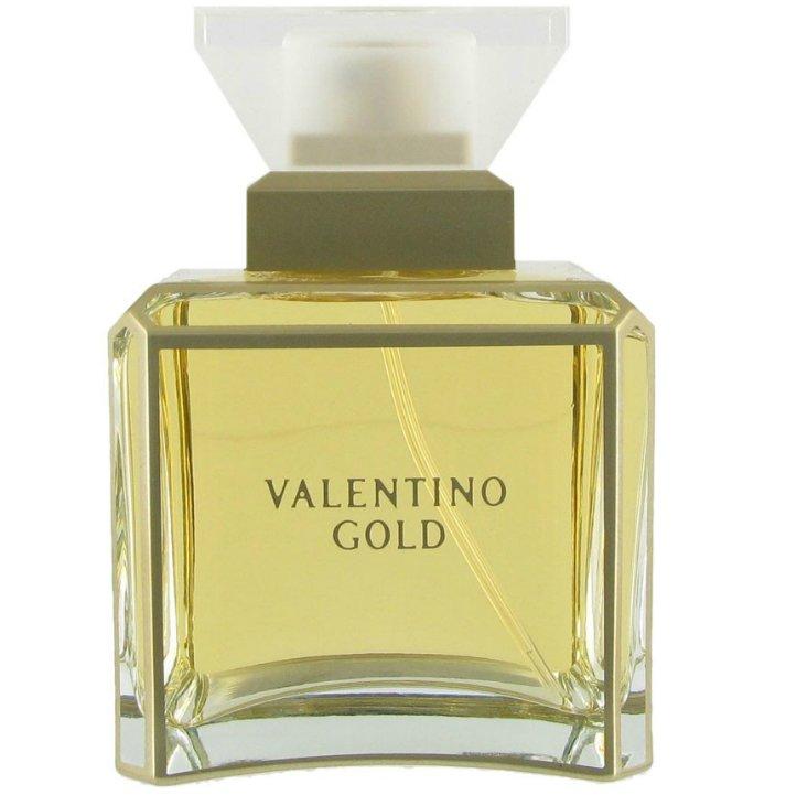 Valentino GoldValentino<br>Год выпуска: 2002 Производство: Испания Семейство: восточные цветочные Верхние ноты:  мандарин, Персик, кардамон, лайм Средние ноты:  роза, Клюква, Водяная лилия, Имбирь Базовые ноты:  Ирис, Сандаловое дерево, Мускус, Корица Valentino Gold Valentino - это аромат для женщин, принадлежит к группе ароматов восточные цветочные. Valentino Gold выпущен в 2002. Valentino Gold был создан Antoine Lie и Cecile Matton. Верхние ноты: лайм, мандарин, Персик и кардамон; ноты сердца: Имбирь, Клюква, Водяная лилия и роза; ноты базы: Сандаловое дерево, Корица, Ирис и Белый мускус.<br><br>Линейка: Valentino Gold<br>Объем мл: 100<br>Пол: Женский<br>Аромат: восточные цветочные<br>Ноты: мандарин, Персик, кардамон, лайм,  роза, Клюква, Водяная лилия, Имбирь,  Ирис, Сандаловое дерево, Мускус, Корица<br>Тип: парфюмерная вода-тестер<br>Тестер: да