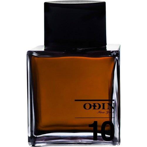 10 RoamOdin<br>Производство: Великобритания 10 Roam Odin - это аромат для мужчин и женщин, принадлежит к группе ароматов восточные. No 10 Roam выпущен в 2013. Парфюмер: Jean-Claude Deville. Верхние ноты: шафран и Перец; ноты сердца: цветок гавайского имбиря и цветок кофе; ноты базы: Кокосовое молоко, Эбоновое дерево и Ладан.<br><br>Линейка: 10 Roam<br>Объем мл: 100<br>Пол: Унисекс