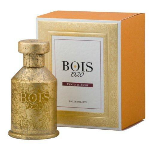 Vento di FioriBois 1920<br>Производство: Италия Vento di Fiori Bois 1920 - это аромат для женщин, принадлежит к группе ароматов шипровые. Этот аромат выпущен в 2008 году. Верхние ноты: Сицилийский лимон, кардамон и Тарагон (Тархун); ноты сердца: Жасмин, Гальбанум и пачули; ноты базы: Амбра, Дубовый мох и Береза.<br><br>Линейка: Vento di Fiori<br>Объем мл: 1,5<br>Пол: Женский
