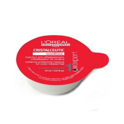 Cristalceutic Radiance-Protection MasqueLOreal<br>Производство: Великобритания Cristalceutic Radiance-Protection Masque - маска защита цвета окрашенных волос. Новая молекула GlucoMineral отличается от всех прошлых технологий защиты цвета, основанных на создание защитной пленки на поверхности волоса. Молекула GlucoMineral состоит из глюкозы и цинка и благодаря своей формуле способна проникать глубоко в структуру волоса, сцепляться с пигментом красителя и удерживать его внутри, обеспечивая эффективную защиту от вымывания цвета. День за днем пигмент красителя остается внутри волоса, и цвет окрашенных волос остается таким же ярким, как в день окрашивания. Технология GlucoMineral: 1) Проникновение молекулы GlucoMineral в волокно волоса. 2) Пигмент красителя пойман молекулами GlucoMineral в ловушку. 3) Пигмент красителя кристаллизован внутри волокна волоса. Применение: Использовать в день окрашивания. На вымытые и отжатые полотенцем волосы, нанести маску Serie Expert Cristalceutic Radiance-Protection Masque, предварительно разделив волосы на секции. Массирующими движениями распределить по всей длине. Оставить на 5 минут. Тщательно смыть водой. &amp;nbsp;<br><br>Линейка: Cristalceutic Radiance-Protection Masque<br>Объем мл: 15*15<br>Пол: Женский