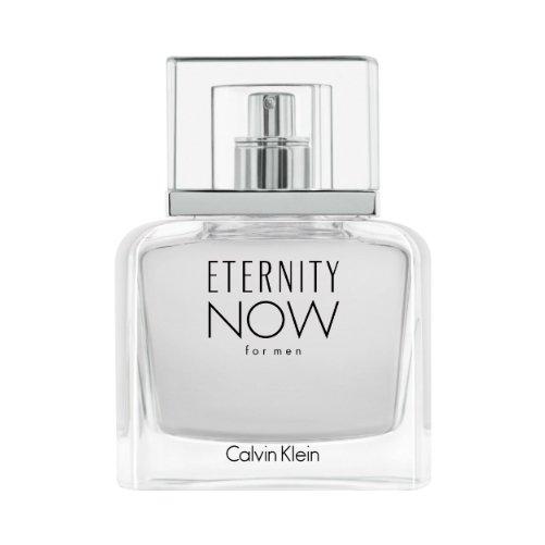 Eternity Now For MenCalvin Klein<br>Производство: Франция Calvin Klein Eternity Now For Men – парфюмерная вода, которую выбирают мужчины любого возраста и статуса. Она прекрасно подходит под любое событие. Чувственный, слегка дерзкий аромат наполнен фужерными аккордами. Они дарят безумно приятный запах.<br>Белоснежный флакон Кельвин Кляйн Этернити Нау фо Мен скрывает нежное звучание звездчатого аниса. Ярких оттенков придает ваниль, пикантности - имбирь. Подчеркивают их мелодию карамбола и кокосовая вода. Примой сердца выступает марокканский кедр. В роскошном шлейфе ощущается звучание пачули и тонка бобов. Духи придают особый шарм своему обладателю, подчеркивая его сексуальность.<br><br>Линейка: Eternity Now For Men<br>Объем мл: 100<br>Пол: Мужской