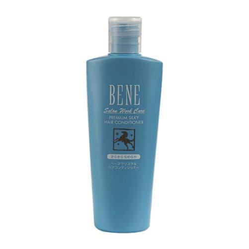 Bene Salon Work Care Conditioner SSMoltoBene<br>Производство: Япония Bene Salon Work Care Conditioner SS - кондиционер на основе конского кератина с маслом карите и протеинами шелка для придания волосам гладкости и шелковистости. Конский кератин - белок, идентичный кератину наших волос, укрепляет и восстанавливает внутреннюю структуру волос. Придает им блеск и упругость. Масло карите питает волосы, делает их послушными, обеспечивает защиту от воздействия внешних факторов. Пшеничный белок увлажняет волосы, способствует восстановлению их структуры. Гиалуроновая кислота поддерживает оптимальный баланс увлажнения волос. Придает сияние и эластичность. Керамиды препятствуют появлению секущихся волос. Протеин шелка возвращает волосам силу и упругость, делает волосы гладкими и блестящими. Применение: Небольшое количество кондиционера нанести на влажные волосы, начиная с кончиков. Выдержать в течение 1-2 минуты. Тщательно смыть обильным количеством воды.<br><br>Линейка: Bene Salon Work Care Conditioner SS<br>Объем мл: 300<br>Пол: Унисекс
