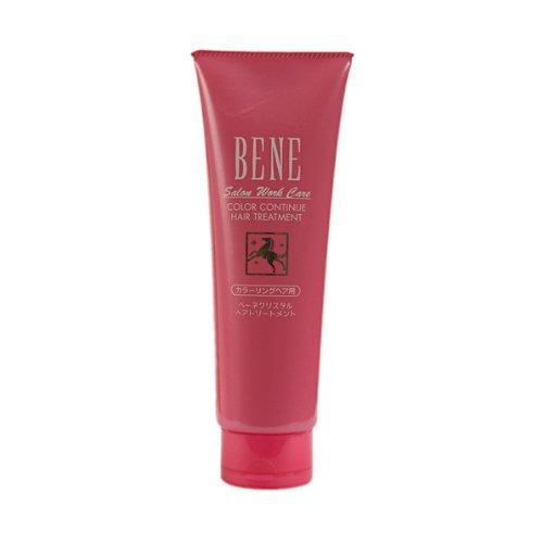 Bene Salon Work Care Treatment CCMoltoBene<br>Производство: Япония Bene Salon Work Care Treatment CC - маска на основе конского кератина с аминокислотами, протеином шелка и гиалуроновой кислотой для ухода за окрашенными волосами. Восстанавливает поврежденную структуру окрашенных волос. Сохраняет интенсивность цвета. Конский кератин - белок, идентичный кератину наших волос, восстанавливает и укрепляет внутреннюю структуру волос. Придает им блеск и упругость. Масло карите питает волосы, делает их послушными, обеспечивает защиту от воздействия внешних факторов. Пшеничный белок делает волосы эластичными и послушными. Аминокислоты являются источником восстановления природной структуры волос. Придают блеск. Гиалуроновая кислота поддерживает естественный баланс увлажнения волос. Придает сияние и эластичность. Протеин шелка делает волосы шелковистыми и блестящими. Производная цистеина препятствует вымыванию цвета. Применение: Небольшое количество маски нанести на влажные волосы. Выдержать в течение 3-5 минут. Тщательно смыть теплой водой.<br><br>Линейка: Bene Salon Work Care Treatment CC<br>Объем мл: 240 (гр.)<br>Пол: Женский