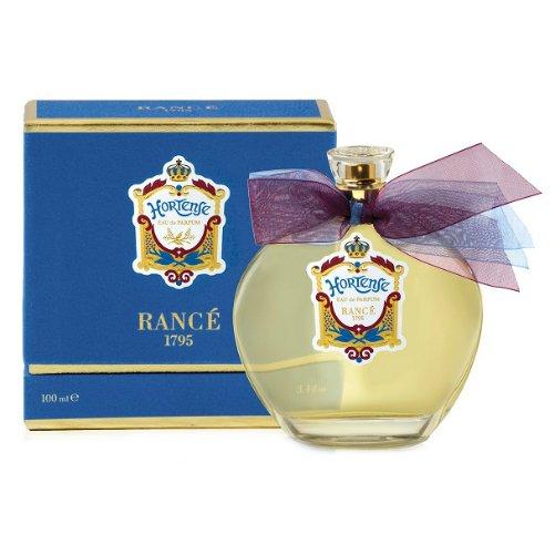 HortenseRance 1795<br>Производство: Испания Hortense от Rance 1795 - это аромат для женщин, принадлежит к группе ароматов восточно-цветочные. Этот аромат, Hortense выпущен в 2015 году. Верхние ноты: Бергамот, кардамон и черный перец; ноты сердца: роза, Корица и Ладан; ноты базы: Белый кедр, Махагони и Ваниль.&amp;nbsp;&amp;nbsp;<br><br>Линейка: Hortense<br>Объем мл: 100<br>Пол: Женский