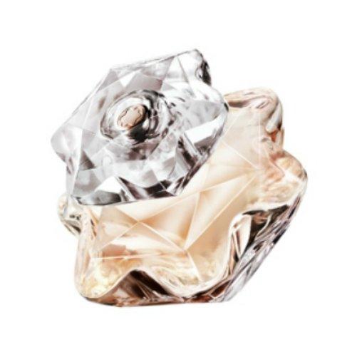 Lady EmblemMont Blanc<br>Год выпуска: 2015 Производство: Франция Семейство: шипровые фруктовые Верхние ноты:  мармелад, Розовая роза, Персик Средние ноты:  пачули, Сандаловое дерево, розовое дерево или палисандр Базовые ноты:  Мускус, Малина Lady Emblem от Mont Blanc - это аромат для женщин, принадлежит к группе ароматов шипровые фруктовые. Этот аромат, Lady Emblem выпущен в 2015 году. Верхние ноты: розовая смородина, мармелад, розовая роза и Персик; ноты сердца: пачули, Сандаловое дерево и розовое дерево или палисандр; ноты базы: Мускус и Малина.&amp;nbsp;&amp;nbsp;<br><br>Линейка: Lady Emblem<br>Объем мл: 50<br>Пол: Женский<br>Аромат: шипровые фруктовые<br>Ноты: мармелад, Розовая роза, Персик,  пачули, Сандаловое дерево, розовое дерево или палисандр,  Мускус, Малина<br>Тип: парфюмерная вода<br>Тестер: нет