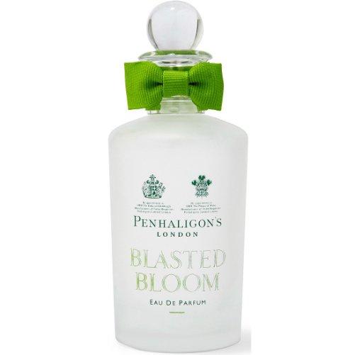 Blasted BloomPenhaligon`s<br>Год выпуска: 2015 Производство: Великобритания Семейство: фужерные пряные Верхние ноты:  Лесные ягоды, Морская вода, зеленые ноты Средние ноты:  Английская роза, Розовый перец, боярышник Базовые ноты:  Белый кедр, Мох, Мускус &amp;nbsp;Blasted Bloom Penhaligon`s - это аромат для мужчин и женщин, принадлежит к группе ароматов фужерные пряные. Этот аромат выпущен в 2015 году. Верхние ноты: Лесные ягоды, Морская вода и Зеленые ноты; ноты сердца: Английская роза, Розовый перец и Боярышник; ноты базы: Белый кедр, Мох и Мускус.&amp;nbsp;<br><br>Линейка: Blasted Bloom<br>Объем мл: 100<br>Пол: Унисекс<br>Аромат: фужерные пряные<br>Ноты: Лесные ягоды, Морская вода, зеленые ноты,  Английская роза, Розовый перец, боярышник,  Белый кедр, Мох, Мускус<br>Тип: парфюмерная вода-тестер<br>Тестер: да