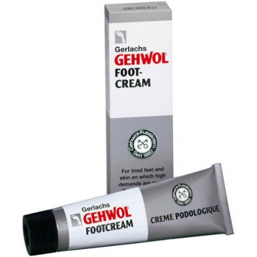 Foot-creamGehwol<br>Производство: Германия Foot-cream (Крем для уставших ног)<br>Это противовоспалительное средство, препятствующее возникновению  грибковых инфекций. Крем укрепляет кожу, делает её более устойчивой к  агрессивным внешним воздействиям, и особенно хорошо защищает пораженные  места после обморожения, ампутации. Предупреждает возможные  переохлаждения, заживляет. Крем Геволь нормализует потоотделение,  дезодорирует. Рекомендуется для совершения длительных прогулок пешком  или разнашивания новой обуви.<br>Применение:<br>Крем можно применять ежедневно для профилактики усталости ног, сухости  кожи и грибковых заболеваний. Либо в зависимости от цели,  непосредственно для устранения проблемы, например, перед прогулкой в  новой обуви.<br><br>Линейка: Foot-cream<br>Объем мл: 75<br>Пол: Унисекс
