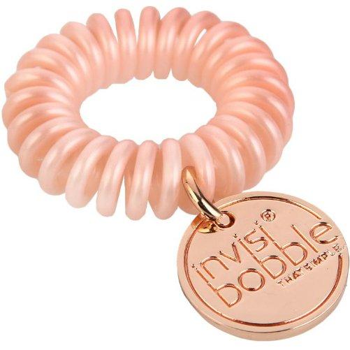 ORIGINAL Pink HeroesInvisibobble<br>Производство: Китай Invisibobble ORIGINAL Pink Heroes - резинка-браслет для волос.<br>Цвет: нежно-розовый<br>Материал: искусственная смола<br>Уникальная резинка для волос обладает рядом преимуществ по сравнению с обычными резинками:<br>- Не имеет швов, которые могли бы цеплять и рвать волосы;<br>- Не оставляет заломов благодаря своей инновационной форме телефонного шнура;<br>- Не перетягивает волосы, что помогает избегать их выпадения и головных болей;<br>- Бережет волосы, не ломая их и не нанося им никакого вреда;<br>- Подходит для любого типа волос - кудрявых и прямых, тонких и густых, и т.д.;<br>- Может также носиться как яркий браслет.  <br><br>Линейка: ORIGINAL Pink Heroes<br>Объем мл: 1 (шт.)<br>Пол: Унисекс