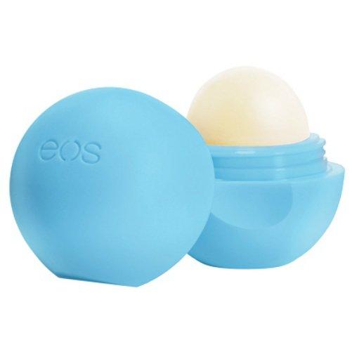 Blueberry AcaiEOS<br>Производство: США Blueberry Acai от EOS - бальзам для губ создан для  сухой, очень чувствительной кожи губ. Blueberry Acai обладает нежным  голубично-черничным запахом, обеспечивает качественный уход. Масла  жожоба и ши, содержит высокую концентрацию питательных веществ,  способствуют глубокому увлажнению, насыщению эпидермиса, а витамин Е  оказывает значительный антиоксидантный эффект. Blueberry Acai  превосходно заживляет небольшие трещинки, разглаживает кожу губ,  обеспечивает идеальное нанесение макияжа. Мягкая бесцветная текстура и  удобная форма бальзама доставляет незабываемое удовольствие при  использовании. <br><br>Линейка: Blueberry Acai<br>Объем мл: 7 (гр.)<br>Пол: Унисекс