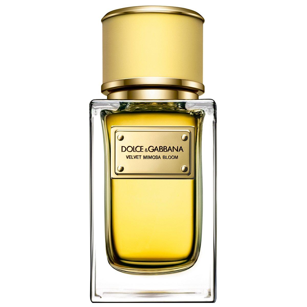 Velvet Mimosa BloomDolce And Gabbana<br>Год выпуска: 2015 Производство: Великобритания Семейство: цветочные Верхние ноты:  Бергамот, мандарин, Нероли, Абсолют мимозы, Лист фиалки, Нарцисс Velvet Mimosa Bloom от Dolce And Gabbana - это аромат для женщин, принадлежит к группе ароматов цветочные. Этот аромат, Velvet Mimosa Bloom выпущен в 2015 году. Композиция аромата включает ноты: Бергамот, мандарин, Нероли, абсолют мимозы, Лист фиалки и Нарцисс.&amp;nbsp;&amp;nbsp; &amp;nbsp;<br><br>Линейка: Velvet Mimosa Bloom<br>Объем мл: 150<br>Пол: Женский<br>Аромат: цветочные<br>Ноты: Бергамот, мандарин, Нероли, Абсолют мимозы, Лист фиалки, Нарцисс<br>Тип: парфюмерная вода<br>Тестер: нет