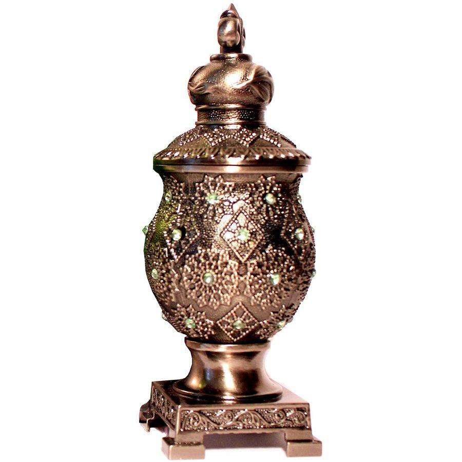 Kaan Ya MakaanAfnan Perfumes<br>Производство: Объединённые Арабские Эмираты Верхние ноты:  Сандал, Белый кедр, Мускус, Белые цветы, Апельсиновый цвет, древесные ноты Kaan Ya Makaan Afnan Perfumes &amp;mdash; это аромат для мужчин и женщин, он принадлежит к группе . Композиция аромата включает ноты: Сандал, Белый кедр, Мускус, Белые цветы, Апельсиновый цвет и Древесные ноты.<br><br>Линейка: Kaan Ya Makaan<br>Объем мл: 15<br>Пол: Унисекс<br>Ноты: Сандал, Белый кедр, Мускус, Белые цветы, Апельсиновый цвет, древесные ноты<br>Тип: масляные духи<br>Тестер: нет