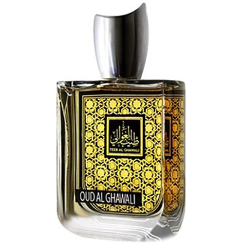 Oud Al GhawaliTeeb Al Ghawali<br>Производство: Объединённые Арабские Эмираты Верхние ноты:  Корица, Персик, роза, Яблоко Средние ноты:  Роза, Шафран Базовые ноты:  восточные ноты, кожа, Мускус, Ваниль Словно наполненный солнечным светом, флакон с изящной арабской вязью хранит в своих темных стенках Teeb Al Ghawali Oud Al Chawali. Это гимн чувственности и страсти, созданный с помощью восточных аккордов, аромата прекрасно выделанной кожи, сливочного мускуса и ванильной сладости. В сердце пирамиды розовые лепестки присыпаны золотистым шафраном, а шлейф окутывает пряными нотами корицы, бархатистой спелостью персика, хрустящими аккордами яблока и нежностью розовых лепестков. С Teeb Al Ghawali Oud Al Chawali хочется открывать новые горизонты своей скрытой чувственности, чтобы в полной мере наслаждаться такими простыми радостями жизни. Он делает страсть многогранной, а чувства острее, согревая и даря особую нежность.&amp;nbsp;<br>&amp;nbsp;<br><br>Линейка: Oud Al Ghawali<br>Объем мл: 100<br>Пол: Унисекс<br>Ноты: Корица, Персик, роза, Яблоко,  Роза, Шафран,  восточные ноты, кожа, Мускус, Ваниль<br>Тип: парфюмерная вода<br>Тестер: нет