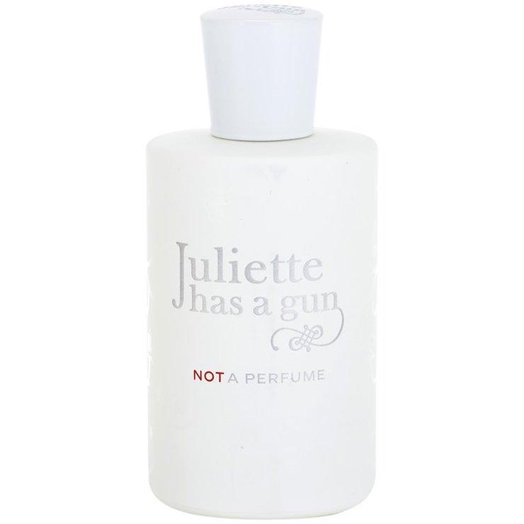 Not a PerfumeJuliette has a Gun<br>Год выпуска: 2010 Производство: Франция Семейство: цветочные древесно-мускусные Верхние ноты:  амброксан (Ambroxan) Juliette has a Gun Not a Perfume – легчайшее благоухание, благодаря которому вы почувствуете невесомость. Запах идеально подойдет для женщин, излучающих нежность, при этом уверенно смотрящих в будущее. Основа цветочной древесно-мускусной композиции – амброкс высокого уровня стойкости. Букет Джульетта С Пистолетом Not A Perfume надолго врезается в память, создавая неповторимый образ своей обладательницы – искренней, но загадочной, смелой и отважной, но женственной. В нашем интернет-магазине купить духи в оригинальной версии можно очень выгодно.<br><br>Линейка: Not a Perfume<br>Объем мл: 100<br>Пол: Женский<br>Аромат: цветочные древесно-мускусные<br>Ноты: амброксан (Ambroxan)<br>Тип: парфюмерная вода<br>Тестер: нет