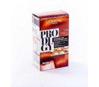 L`OREAL Prodigy 7.40 Огненный АгатLOreal<br>Производство: Великобритания Краска для волос LOreal PRODIGY 7.40 Огненный Агат создана специально для импульсивных и ярких девушек, которые привыкли обращать на себя внимание и ловить восхищенные взгляды окружающих. Огненно-рыжий переливающийся оттенок разработан в лабораториях компании LOreal для полного раскрытия вашего характера. Особый состав без аммиака бережно действует на пряди, не пересушивая и не повреждая их, а инновационные микромасла увлажняют и разглаживают каждый волосок, одновременно активизируя пигмент краски, делая его еще более стойким. Купить краску для волос LOreal PRODIGY 7.40 Огненный Агат можно в Москве в торговом центре METRO. Производитель: LOreal Paris, Франция. Состав: 1 Красящий Крем (60 г) 1 проявляющая эмульсия (60 г) 1 Уход-усилитель Блеска (60 мл) 1 Инструкция 1 Пара перчаток 1.0 Состав: Красящий крем 1146239(C161729/2): PARAFFINUM LIQUIDUM / MINERAL OIL , AQUA / WATER , ETHANOLAMINE , STEARETH-20 , CAPRYLYL/CAPRYL GLUCOSIDE , POLYSORBATE 21 , TOLUENE-2,5-DIAMINE , STEARETH-2 , RESORCINOL , 2,4-DIAMINOPHENOXYETHANOL HCl , m-AMINOPHENOL , ASCORBIC ACID , SODIUM METABISULFITE , HYDROXYBENZOMORPHOLINE , ARGANIA SPINOSA OIL / ARGANIA SPINOSA KERNEL OIL , THIOGLYCERIN , POLYQUATERNIUM-67 , N,N-BIS(2-HYDROXYETHYL)-p-PHENYLENEDIAMINE SULFATE , CARTHAMUS TINCTORIUS OIL / SAFFLOWER SEED OIL , EDTA , PARFUM / FRAGRANCE , Проявляющая эмульсия 1071397(C42424/1): AQUA / WATER , PARAFFINUM LIQUIDUM / MINERAL OIL , HYDROGEN PEROXIDE , CETEARYL ALCOHOL , STEARETH-20 , PEG-4 RAPESEEDAMIDE , TOCOPHEROL , SODIUM STANNATE , POLYQUATERNIUM-6 , PENTASODIUM PENTETATE , PHOSPHORIC ACID , TETRASODIUM PYROPHOSPHATE , HEXADIMETHRINE CHLORIDE , GLYCERIN , Уход-усилитель Блеска 1087475(C159703/2): AQUA / WATER , CETEARYL ALCOHOL , BEHENTRIMONIUM CHLORIDE , CETYL ESTERS , LACTIC ACID , TRIDECETH-6 , CHLORHEXIDINE DIGLUCONATE , LIMONENE , LINALOOL , BENZYL SALICYLATE , BENZYL ALCOHOL , AMODIMETHICONE , ISOPROPYL ALCOHOL 