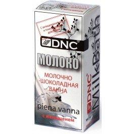 DNCDNC<br>Производство: Россия Молоко содержит целую коллекцию биологически активных веществ, мягко и естественно, влияющих на кожу. Аминокислоты молока смягчают кожу, и усиливает в ней обменные процессы. Молочная кислота, благодаря естественным пилингующим свойствам, освежает и очищает кожу. Гликопротеиды стимулируют восстановление клеток. Соевые протеины обогащают кожу микроэлементами, питают ее.<br>Уникальные по своим природным свойствам какао-бобы содержат незаменимые жирные кислоты (стеариновая, пальмитиновая, олеиновая, линоленовая), которые восстанавливают мембраны клеток, способствуют удержанию влаги в коже, полифенолы - вещества с сильной антиоксидантной активностью, препятствующие появлению морщин. Теобромин и теофиллин активизируют биохимические реакции в коже, стимулируя эффект подтяжки. Кофеин, стимулируя липидный обмен, является одним из лучших средств для уменьшения целлюлита.<br>Женьшень имеет прекрасное тонизирующее, антистрессовое и регенерирующее действие.<br>Способ применения: под струей теплой воды растворите содержимое упаковки в полутора - двухлитровой посуде, разомните оставшиеся комочки, затем влейте в ванну. Принимайте ванну 15-20 минут, слегка ополоснитесь под душем без мыла и геля.<br>Состав: Молочные протеины, соевый белок , яичный порошок, кора дуба, сывороточный протеин, Sharomix MTI<br>70 грамм сухой смеси.<br><br>Линейка: DNC<br>Объем мл: 70<br>Пол: Женский