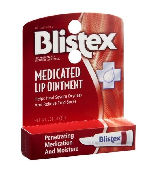Blistex Medicated Lip Ointment BlistexBlistex<br>Расширенная увлажняющая система обеспечивает проникновение лекарства благодаря уникальной формуле, чтобы облегчить герпес и сухость губ.&amp;nbsp;Мазь для губ Blistex содержит четыре лекарства для обеспечения облегчения от боли, зуда и дискомфорта губ, язв и волдырей.<br>Увлажнаяющая и смягчающая база мази для губ Blistex увлажняет и смягчает клетки губ, чтобы восстановить сухие и потрескавшиеся губы. Мазь для губ Blistex эффективна, как было клинически доказано, для увлажнения губ, лечения сухих, потрескавшихся губ, а также улучшает их общее состояние.<br>Профессионалы в области красоты также используют его, чтобы сгладить текстуру губ перед нанесением помады. Для использования в качестве базы перед помадой, нанесите немного, оставьте на пять минут, а затем удалите избыток и нанесите помаду.<br>Свойства:<br><br>Защита губ/Внешний анальгетик<br>Способствует заживлению трещин и облегчает герпес<br>Клинически доказано, для лечения сухих, потрескавшихся губ<br>Лекарство проникает и увлажняет<br>Для временного облегчения боли и зуда, связанного с незначительными раздражениями губ или герпесом<br>Временно защищает и помогает смягчить потрескавшиеся губы<br><br>Способ применения:<br><br>Взрослые и дети от 2 лет: обильно наносить на пострадавший участок не более 3 - 4 раз в день.<br>Дети в возрасте до 2-х лет: проконсультируйтесь с врачом.<br> <br>Купить  Blistex Бальзам для губ Blistex Medicated Lip Ointment в интернет-магазине Euro-cosmetics.ru: позвонив по телефонам +7 (495) 369-06-79,<br> 8 (800) 301-03-75, написав на почту sale@euro-cosmetics.ru, или через корзину на сайте.<br><br>Линейка: Blistex Medicated Lip Ointment Blistex<br>Объем мл: 10<br>Пол: Женский