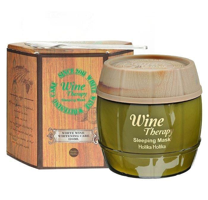 Holika HolikaHolika Holika<br>Антивозрастная маска на основе экстракта белого вина. Средство поможет в борьбе с морщинами, уменьшит пигментацию, интенсивно увлажнит и укрепит кожу.<br>Маска содержит 10% экстракта белого вина, а также никотиномид и фруктовые кислоты. Благодаря такому составу маска не только уменьшает глубину морщин и повышает эластичность кожи, но также выравнивает ее тон и улучшает цвет лица.<br>Способ применения: на чистую кожу лица нанести небольшое количество средства, оставить на ночь. Утром смыть теплой водой.<br><br>Линейка: Holika Holika<br>Объем мл: 120<br>Пол: Женский