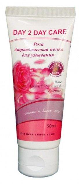 Роза Day 2 Day CareDay 2 Day Care<br>Обогащенная экстрактом розы и алоэ вера, пенка для умывания Day 2 Day Care деликатно очищает кожу лица и придает ей здоровый цвет, сияние, обогащая её питательными веществами и природными витаминами.<br>        <br>Пенка для умывания обладает комплексным действием: - Очищение кожи: Снимает пыль, остатки макияжа или крема, удаляет продукты секреции сальных желез - всё это закупоривает поры, лишая кожу необходимого ей кислорода. Пенка для умывания эффективно очищает поры, предотвращая появление воспалений и угрей. - Глубокое увлажнение кожи: В нём особенно нуждаются чувствительная и сухая кожа, которая после простого умывания с водой становится стянутой и покрасневшей. Необходимо не только увлажнение всех слоев кожи (включая глубинные), но и предотвращения потери влаги в течение дня. - Решение проблем, в зависимости от типа кожи: Проблемная кожа нуждается в дополнительной защите от образования акне, жирная кожа &amp;ndash; в снижении активности сальных желез, сухая - в активном питании. Пенка для умывания Роза от индийской компании Day 2 Day Care подходит для самой нежной кожи, сухой и чувствительной. Текстура этого средства очень лёгкая и нежная, после применения даже с жесткой водой не стягивает и не сушит кожу, оставляя ее гладкой и увлажнённой.<br>Способ применения: лёгкими массирующими движениями нанесите пенку на влажную кожу лица, включая область вокруг глаз, затем тщательно смойте водой. Рекомендуется применять 1-2 раза в день.<br>Состав: алоэ Вера - 1%; роза - 1%; основа - Q.S.<br><br>Линейка: Роза Day 2 Day Care<br>Объем мл: 50<br>Пол: Женский