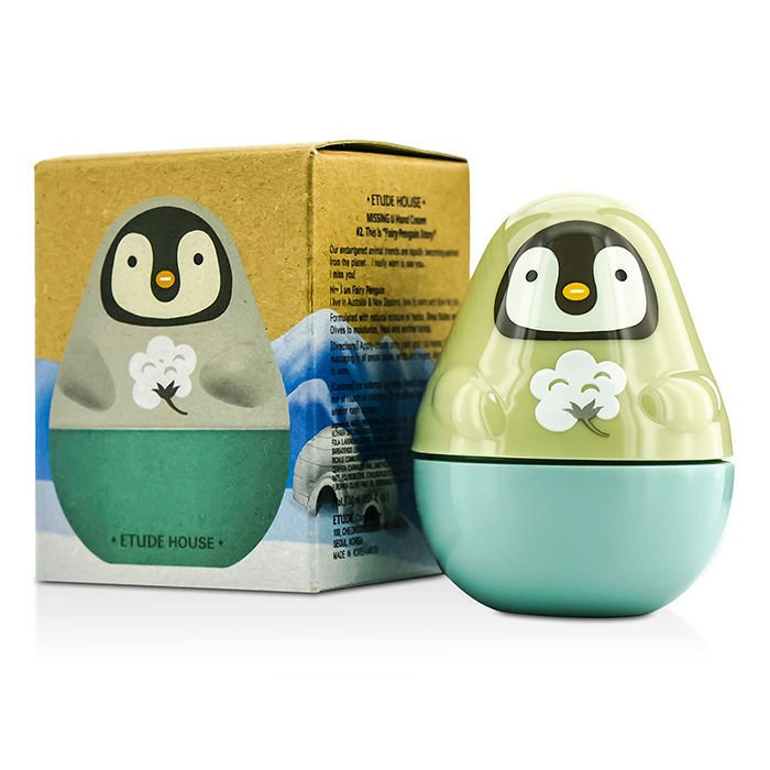 Missing U Hand Cream Fairy Penguin Etude HouseEtude House<br>Крем представлен в нескольких вариантах с разными отдушками, каждая версия крема имеет свою оригинальную упаковку в форме животного. Пингвин – экстракт хлопка в составе средства для рук обеспечивает необходимую защиту, питание и смягчение кожи. Удерживаемая в структуре дермы влага, повышает ее упругость и эластичность.<br>Крем по уходу за кожей рук от&amp;nbsp;Etude House&amp;nbsp;состоит на 90% из натуральных природных компонентов, в том числе в нем содержится масло Ши, масло оливы, комплекс экстрактов трав и&amp;nbsp;цветочная вода. Крем эффективно питает и увлажняет кожу рук, снимает раздражение. Средство рекомендуется к применению в холодное время года, когда коже особенно необходима дополнительная защита<br>Способ применения: втирать в кожу рук мягкими движениями, слегка массируя, до полного впитывания.<br><br>Линейка: Missing U Hand Cream Fairy Penguin Etude House<br>Объем мл: 30<br>Пол: Женский