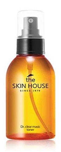 Dr. Clear Magic Toner The Skin HouseThe Skin House<br>Тоник является первым этапом полноценного ухода за проблемной кожей серии Dr.Clear. Удобная форма выпуска в виде спрея обеспечивает быстрое, гигиеничное и равномерное нанесение средства. Тоник подготавливает кожу к нанесению дальнейших средств ухода за кожей, увлажняет и регулирует выработку кожного сала. Успокаивает дерму, а так же освежает ее. Не оставляет ощущения липкой пленки и предотвращает возникновение жирного блеска. Подходит для чувствительной и жирной типов кожи. Способ применения: нанесите тоник на кожу лица, распылив средство на расстоянии 15 см от лица,распределите средство похлопывающими движениями, оставьте до полного впитывания. Наиболее эффективен в сочетании с другими средствами этой же серии. Подходит для: жирная кожа. Состав: вода, 1,3 бутиленгликоль, экстракт лёсса, глицерин, гиалуронат натрия, спирт, ПЭГ-60 гидрогенизированное касторовое масло, экстракт мыльных бобов шикакай, PK 12867, аллантоин, метилпарабен, пантенол, экстракт листа гамамелиса виргинского, экстракт портулака огородного, экстракт листа барбадосского алоэ. фруктовая вода лимона, экстракт гуараны, экстракт ягод асаи, экстракт листа лотоса, орехоносного, экстракт цветков хризантемы индийской, экстракт корня софоры желтоватой, экстракт гуттуинии сердцелистной, экстракт коры шелковицы белой, двунатриевая ЭДТК, CI 19140, экстракт листа камелии китайской, экстракт чайного дерева, экстракт тимьяна обыкновенного, экстракт коричневых водорослей Ecklonia Cava, экстракт иссопа, экстракт буддлеи давида, экстракт цветков мальвы лесной, экстракт семян маш, экстракт листа барбадосского алоэ.<br><br>Линейка: Dr. Clear Magic Toner The Skin House<br>Объем мл: 130<br>Пол: Женский