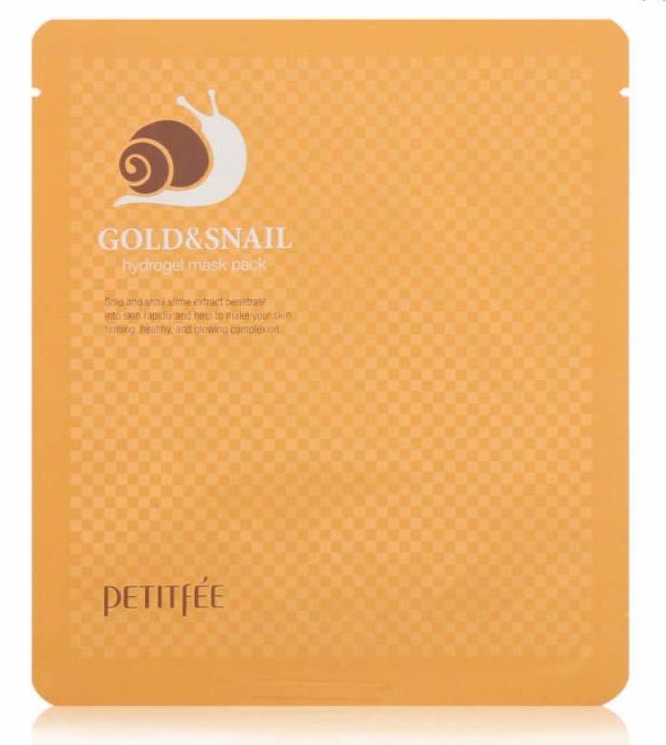 Gold&amp; Snail Hydrogel Mask Pack Koelf&amp; PetitfeeKoelf &amp; Petitfee<br>Гидрогелевая маска с муцином улитки и коллоидным золотом, пропитанная высококонцентрированной эссенцией, которая быстро снимает отечность и улучшает цвет лица. Гидрогель - это желеобразная вода, которая плотнее прилегает к коже и поступление активных веществ происходит быстрее нежели чем через тканевые маски.Компонент 24К золота обеспечивает увлажняющий эффект и повышает упругость кожи. Сияющий и роскошный дар для кожи &amp;ndash; золото &amp;ndash; делает цвет лица здоровым и вдыхает жизнь и энергию в тусклую кожу.Аллантоин, гиалуроновая кислота и эластин борются с морщинами и подтягивают кожу, улучшает эластичность. Гидрогель обеспечивает плотное прилегание к коже, а водорастворимая эссенция-гель реагируя на температуру кожи, впитывается в глубокие слои дермы. Содержит экстракт слизи улитки, который является мощным регенирирующим средством.Способ применения:<br><br>Рекомендуется сначала тщательно очистить поверхность эпидермиса, после этого воспользуйтесь тоником.<br>Извлечь средство из упаковки и нанести на лицо, аккуратно распределить. Оставьте на 20- 30 минут, после этого снимите и осторожно вмассируйте подушечками пальцев оставшуюся сыворотку в кожу.<br>Для наилучшего эффекта воспользуйтесь масками до трех раз каждую неделю.<br><br><br>Линейка: Gold&amp; Snail Hydrogel Mask Pack Koelf&amp; Petitfee<br>Объем мл: 30<br>Пол: Женский
