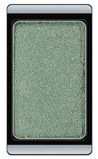 ArtDecoArtDeco<br>Производство: Германия Тени на магнитах по желанию могут комбинироваться в эксклюзивные коробки. Голографические тени дают перламутровое сияние и меняют оттенки цвета при различном освещении. Устойчивая высоко пигментированная формула.<br>        <br>Мерцающие тени из голографической палитры Artdeco идеально ровно ложатся с первого нанесения, обеспечивая точную передачу цвета. Обладают способностью менять оттенок в зависимости от освещения. Благодаря входящим в состав силикону и слюде не осыпаются и держатся в течение всего дня, а благодаря пшеничному крахмалу, являющемуся мощным абсорбентом, не скатываясь в складочках глаз. Витамин Е ухаживает за кожей глаз, предотвращая появление мелких морщинок. При помощи этих теней вы получите идеальный результат, придав взгляду неповторимое сияние.Особенности:<br><br>Высокопигментированные.<br>Устойчивая формула.<br>Меняют оттенок при разном освещении.<br>Содержат силикон, слюду, пшеничный абсорбент и витамин Е.<br><br>Способ применения: с помощью аппликатора нанести на подвижное веко.<br><br>Линейка: ArtDeco<br>Пол: Женский