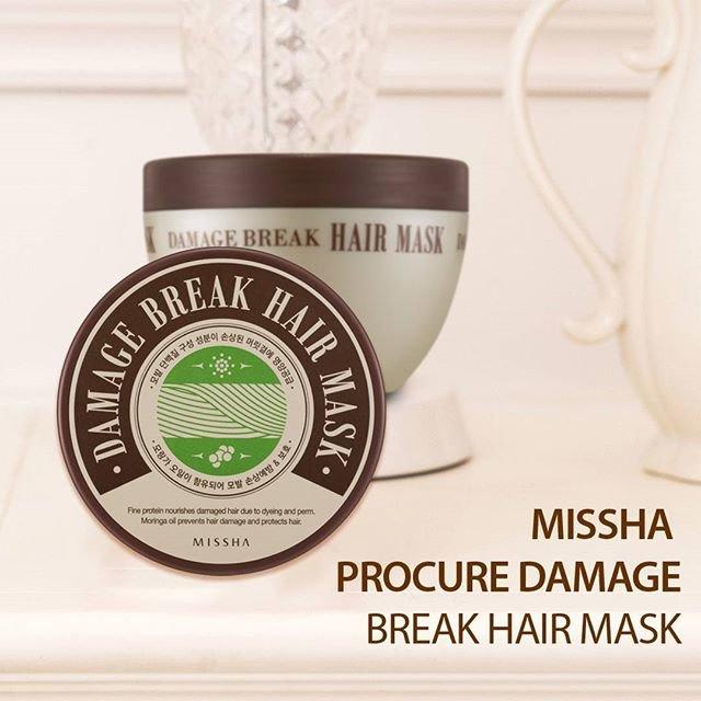 Procure Damage Break Hair Mask MisshaMissha<br>Интенсивное восстановление поврежденных волос обеспечивает маска от Missha. Активные компоненты маски глубоко питают, омолаживают и восстанавливают поврежденные волосы, а также ухаживают за кожей головы. Рекомендуется маска&amp;nbsp;для сухих и поврежденных волос, дарит им блеск, силу, упругость, а также легкий приятный аромат.<br>В составе маски масло моринги, кератин и комплекс аминокислот.<br>Масло моринги&amp;nbsp;богато ценными органическими кислотами и великолепное смягчающее и увлажняющее действие, защищает волосы и кожу от агрессивного воздействия негативных факторов окружающей среды и нейтрализует действие свободных радикалов.<br>Кератин&amp;nbsp;возвращает волосам утраченный блеск, наполняет их силой, придает объём, делает послушными.<br>Аминокислоты&amp;nbsp;питают волосы, восстанавливают поврежденные участки, разглаживают и полируют поверхность волос, делают их упругими, эластичными и блестящими, создают вокруг волоса невидимую защиту от агрессивного воздействия окружающей среды, предупреждают появление секущихся кончиков, ломкость и ослабление волос.<br>Способ применения: нанести маску на вымытые волосы, оставить на 3-5 минут, затем хорошо смыть теплой водой.<br>Состав:Water(Aqua), Glycerin, Cetearyl Alcohol, Dimethicone, Cetyl Alcohol, Steartrimonium Chloride, Behentrimonium Chloride, Cyclopentasiloxane, Helianthus Annuus (Sunflower) Seed Oil, Trehalose, Fragrance(Parfum), Dipentaerythrityl Hexahydroxystearate/Hexastearate/Hexarosinate, Hydroxyethylcellulose, Methylparaben, Chlorphenesin, Moringa Oleifera Seed Oil, Tocopheryl Acetate, Sodium Citrate, Panthenol, Caramel, Benzophenone-5, Alcohol Denat., Keratin, Lecithin, Caprylic/Capric Triglyceride, Valine, Tryptophan, Threonine, Phenylalanine, Methionine, Lysine, Leucine, Isoleucine, Histidine, Cysteine, Arginine, Sodium Ascorbyl Phosphate, Disodium EDTA.<br><br>Линейка: Procure Damage Break Hair Mask Missha<br>Объем мл: 210<br>Пол: Женский