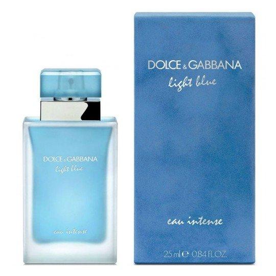 Light Blue Eau IntenseDolce And Gabbana<br>Год выпуска: 2017 Производство: Великобритания Семейство: цветочные фруктовые Верхние ноты:  Лимон, Яблоко Гренни Смит Средние ноты:  Календула, Жасмин Базовые ноты:  древесный янтарь, Мускус Light Blue Eau Intense Dolce&amp;amp;Gabbana &amp;mdash; это аромат для женщин, он принадлежит к группе цветочные фруктовые. Это новое издание: Light Blue Eau Intense выпущен в 2017 году. Парфюмер: Olivier Cresp. Верхние ноты: Лимон и Яблоко Гренни Смит; средние ноты: Календула и Жасмин; базовые ноты: Древесный янтарь и Мускус.&amp;nbsp;<br><br>Линейка: Light Blue Eau Intense<br>Объем мл: 25<br>Пол: Женский<br>Аромат: цветочные фруктовые<br>Ноты: Лимон, Яблоко Гренни Смит,  Календула, Жасмин,  древесный янтарь, Мускус<br>Тип: парфюмерная вода<br>Тестер: нет